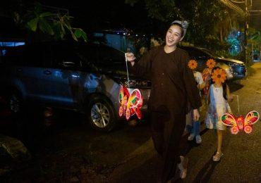 Hoa hậu Khánh Vân đóng vai chú Cuội, vui Trung thu cùng các trẻ em