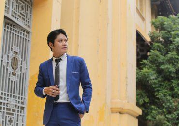 Nguyễn Văn Chung nhận giải thưởng 'Khát vọng dế mèn' như ngọn lửa tiếp sức