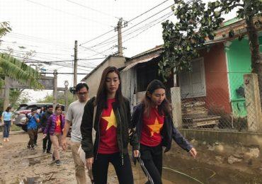 Hoa hậu Đỗ Mỹ Linh nghẹn ngào chia sẻ khi tận mắt chứng kiến những cảnh đau xót vùng lũ