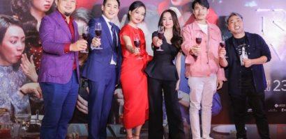Khán giả Hà Nội chào đón dàn sao 'Tiệc trăng máu'