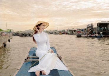 Hoa hậu Phan Thị Mơ đẹp dịu dàng với áo dài trắng