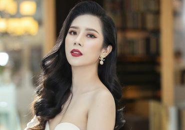 Dương Yến Nhung diện đầm trễ vai dự sự kiện