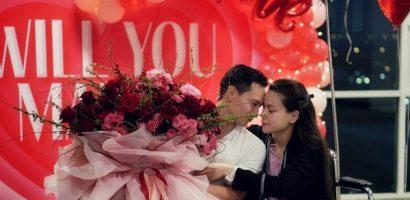 Hồ Ngọc Hà bật khóc trước màn cầu hôn của Kim Lý