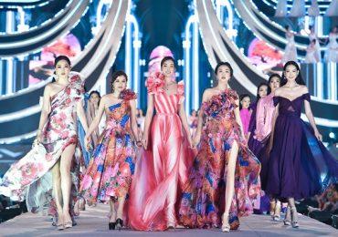 Hoa hậu Đỗ Mỹ Linh catwalk cực đỉnh, tỏa sáng cùng top 35 HHVN 2020