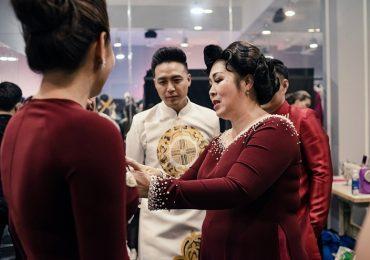 Nhà thiết kế Minh Châu hé lộ hậu trường show diễn 'Kim Lang'