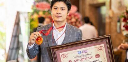 Nhạc sĩ Nguyễn Văn Chung ghi tên vào kỷ lục Việt Nam