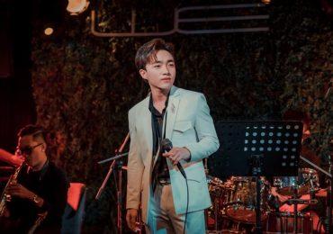Đêm nhạc đầy màu sắc của Trung Quang: Trưởng thành từ sự cố gắng và tài năng