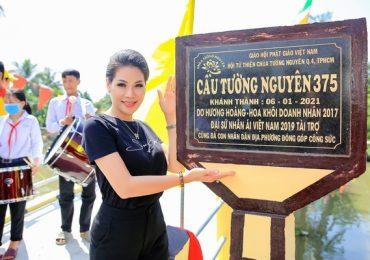 Hoa khôi doanh nhân Hương Hoàng xây cầu kiên cố cho bà con miền Tây