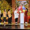 Gala nhạc Việt: NSND Hồng Vân tung hứng ăn ý cùng Lâm Vỹ Dạ, Khả Như