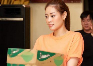 Hoa hậu Khánh Vân tích cực làm thiện nguyện những ngày cận Tết