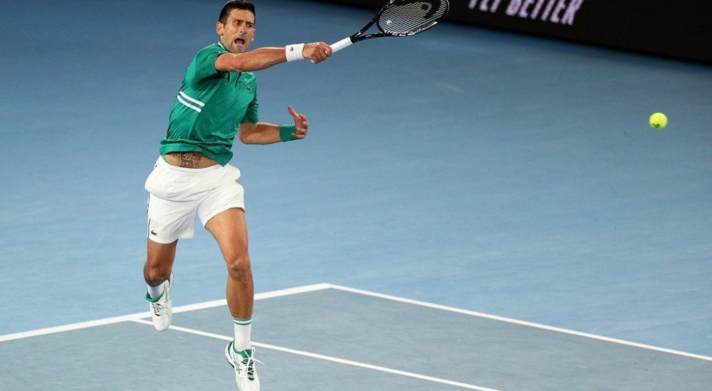 Djokovic vào bán kết Australian Open