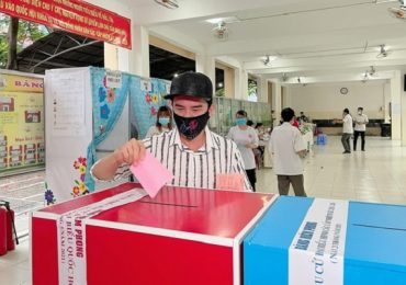 Đan Trường thấy mình có trách nhiệm hơn khi cầm phiếu bầu cử