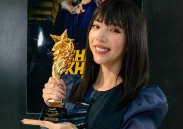 Nhận giải thưởng diễn xuất, Thu Trang gây bất ngờ với vẻ ngoài trẻ trung