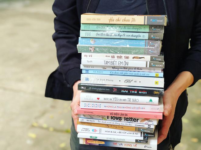 Đầu năm đi mở kho sách xuân với giá từ 1.000 đồng