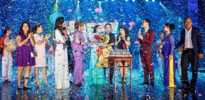1000 khán giả phủ kín sân khấu liveshow 'Người tình không đến' của Kiều Trâm