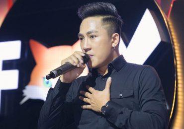 Châu Khải Phong lạc giọng vì cổ vũ tuyển Việt Nam quá sung