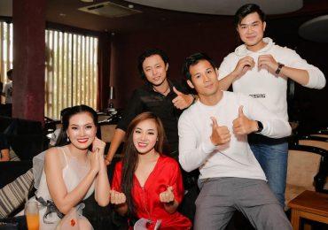 Quang Hà, Quý Bình, Thanh Thức quên ăn trưa cùng Bích Ly tập luyện chuẩn bị cho mini liveshow