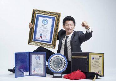 Ảo thuật gia đầu tiên biểu diễn tương tác led công nghệ 4D tại Việt Nam vinh danh Nguyễn Phương