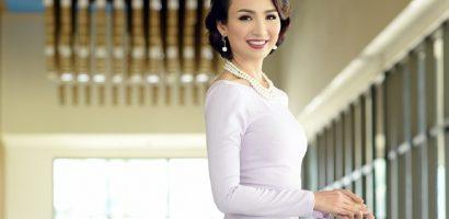 Ngọc Diễm trò chuyện về sắc đẹp với phụ nữ Hội An
