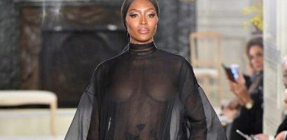 Naomi Campbell không mặc nội y, tái xuất sàn diễn thời trang cao cấp