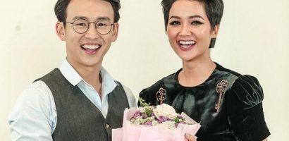 MC Quang Bảo gửi lời nhắn nhủ xúc động đến mẹ, thể hiện hành động ga lăng với với H'Hen Niê