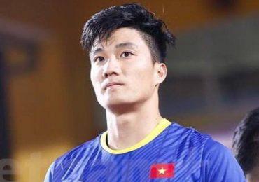 Cựu thủ môn U23 Việt Nam khoe làm thợ xây nhà mới cho gia đình