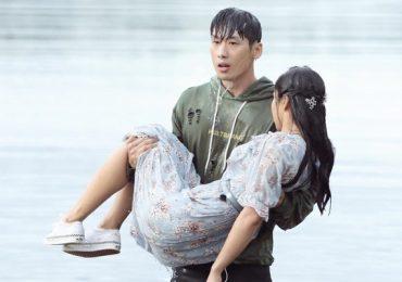 Gu thời trang đơn giản, cá tính của Tuấn Trần trong '21 ngày yêu em'