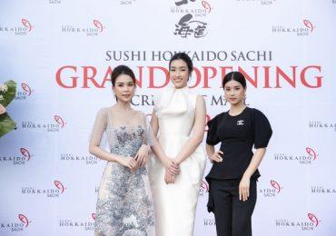 Đỗ Mỹ Linh, Sam và Hoàng Yến Chibi khoe dáng tại sự kiện