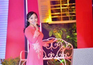 Ca sĩ Thanh Lan – giọng hát 'bí ẩn' đứng sau hàng loạt gameshow âm nhạc