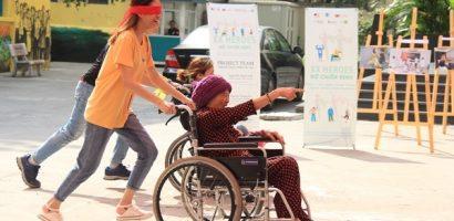 Người khuyết tật cùng sinh viên chống nạn bạo lực tình dục