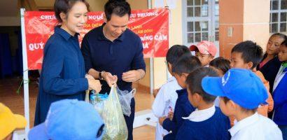 Vợ chồng Lý Hải – Minh Hà lên Đà Lạt, lắp đặt máy lọc nước cho bà con nghèo