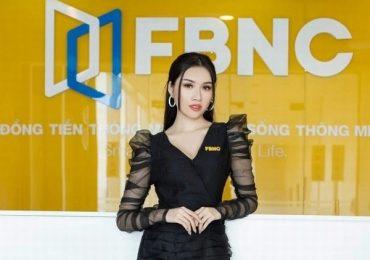 Thanh Thanh Huyền làm MC cho kênh truyền hình FBNC