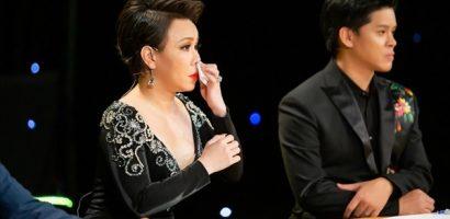 Vũ điệu vàng: Việt Hương rơi lệ vì nhớ lại năm 15 tuổi đi hát vũ trường