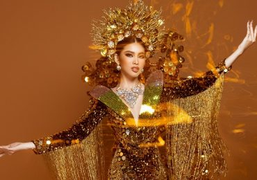 Quốc phục nặng gần 30kg của Ngọc Thảo tại Miss Grand International 2020
