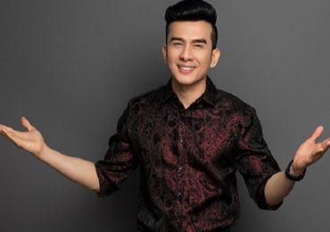 Ca sĩ Đan Trường 'phục kích' bất ngờ làm náo loạn tại Đà Lạt