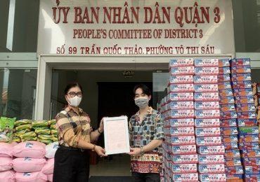 Đan Trường – Trung Quang chung tay hỗ trợ người dân khu phong tỏa, người vô gia cư